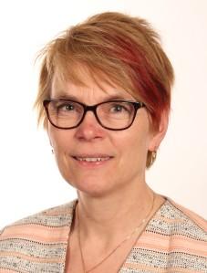 Agneta Blom, Docent i statsvetenskap och förtroendevald för Socialdemokraterna i Örebro